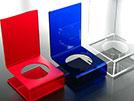 espositori colorati in materiale plastico