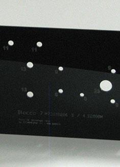 Targhe e segnaprezzi in laminati plastici