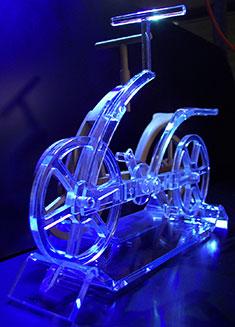 produzione di qualità per oggetti in plexiglass